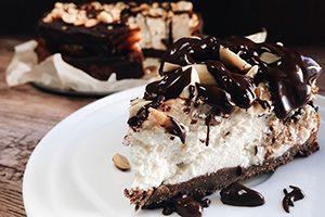Snickers-cheesecake300x200